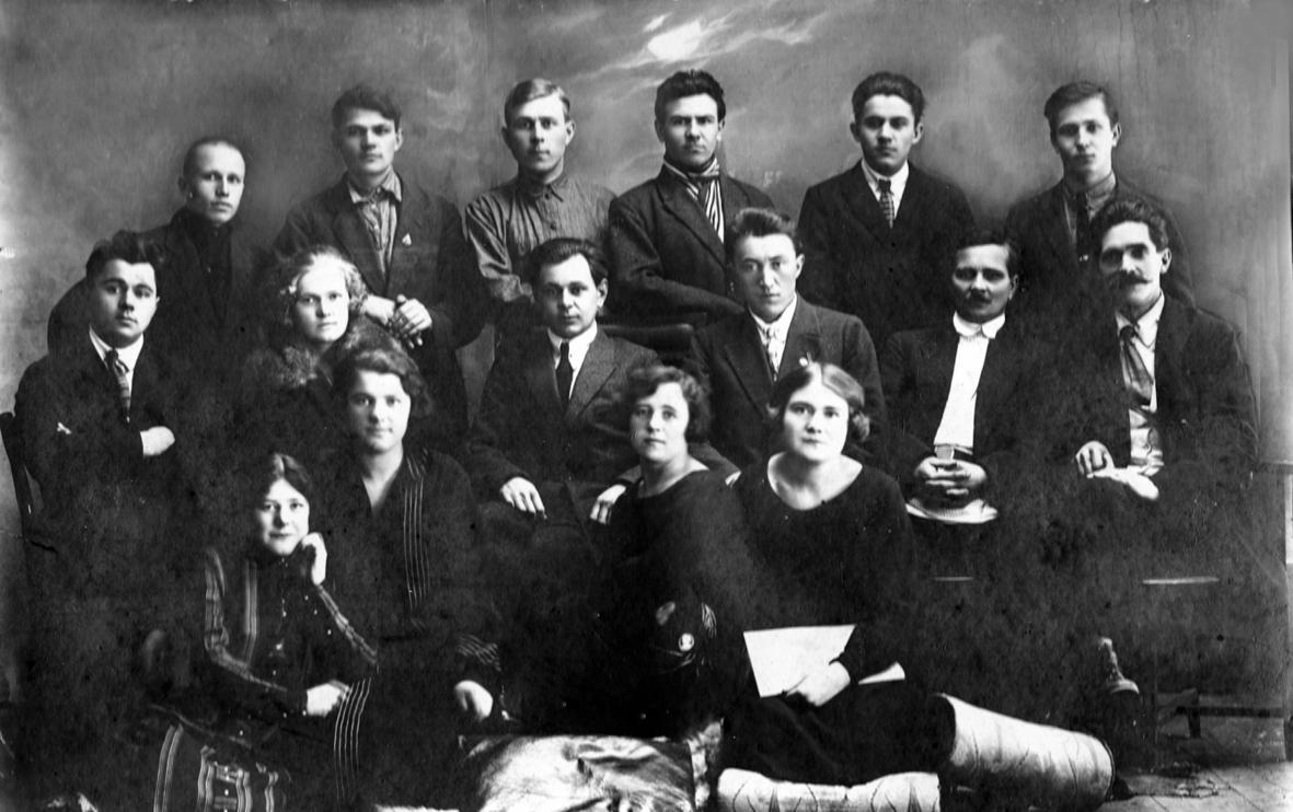 г. Николаевск, 1909 г. Коллектив кондитерского цеха