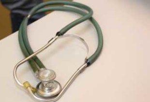 Зарплата саратовских врачей на 28 тысяч ниже средней по стране