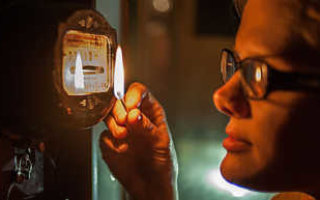 Жителю Пугачева восстановили подачу незаконно отключенного электричества