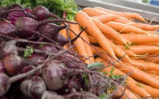 Морковь и свекла по доступным ценам в Саратовской области есть