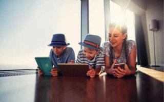 Как с выгодой обеспечить всю семью интернетом, мобильной связью и телевидением?