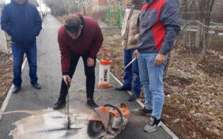В Пугачеве проверили качество новых тротуаров