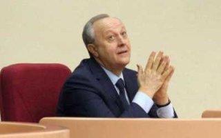 """А. Анидалов: """"Радаев выбрал вариант быть голым королем"""""""