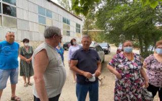 Н. Панков обсудил с пугачевцами наболевшие вопросы ЖКХ и благоустройства