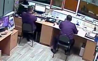 """Сотрудник ОП №2 МО МВД """"Пугачевский"""": """"Я тут главный! Понял? Я тут решаю!"""" (видео)"""