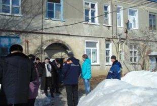 В Пугачеве в жилом доме обрушился потолок