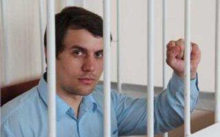 Как Радаев и Пивоваров делают из Бондаренко народного губернатора