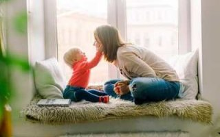 В Госдуме готовят законопроект о зарплате для родителей