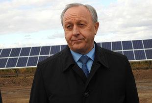 Радаев не стал отвечать на вопрос о горящей свалке в Пугачеве