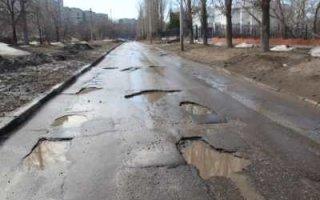 Саратовские дорожные компании не умеют строить дороги. Или не хотят?