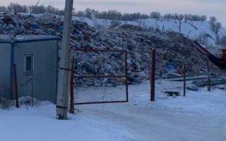 В Пугачеве мусороперегрузочная станция превратилась в свалку