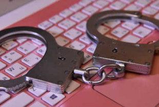 Путин подписал закон о лишении свободы за клевету в интернете