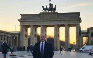Гулял по Берлину Радаев – герой