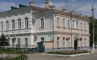 Пугачевские депутаты обсудили летний отдых, ставку по единому налогу и проблему воды