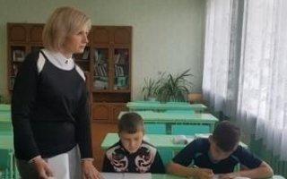 На письмо о поборах в школе откликнулась депутат Госдумы