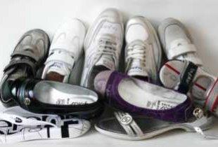 Из-за ослабления рубля и повышения НДС подорожают обувь и одежда