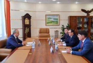 Новому начальнику УФСБ по Саратовской области показали Радаева