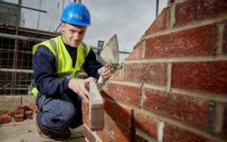 Единственный регион со снижением зарплат у строителей