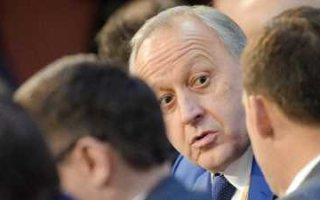 По мнению Радаева среднестатистический житель области в состоянии прожить на 8 тысяч 707 рублей