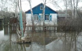 Жители затопленного села просят об эвакуации