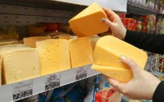 Фальшивый сыр на российских прилавках