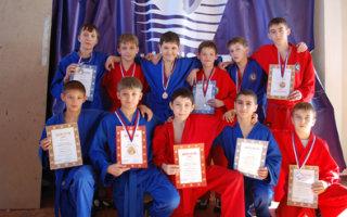 Грамоты и медали из Медыни