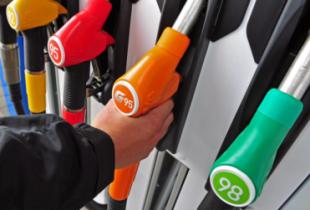 В январе резко подорожает бензин