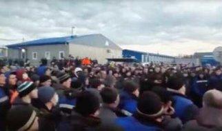 Власть боится только восставших. Бунт рабочих в Якутии (видео)