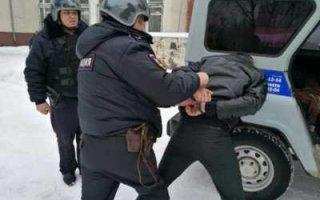 В Пугачеве задержали мужчину, который ограбил супермаркет