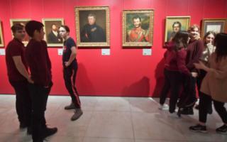 Пушкинская карта. Как бесплатно ходить в театры, музеи и на выставки