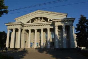 В Саратове могут снести здание театра оперы и балета