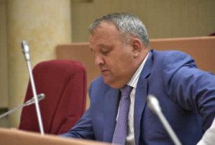 Павел Артемов может сдать депутатский мандат