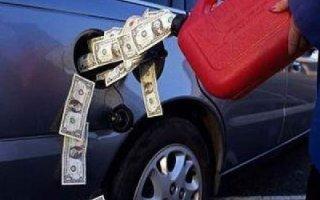 В Саратове стоимость бензина превысила среднюю по стране