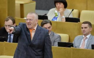 Госдума готовит штрафы за оскорбления в интернете