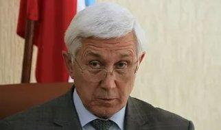 Капкаев проводит встречи вместе с фигурантом  уголовного дела