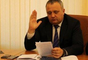 Депутат Артемов передумал сдавать мандат