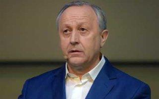 Радаев заявил о нецелесообразности ремонта межмуниципальных дорог
