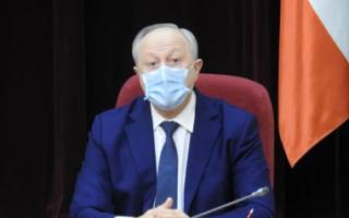 Радаев потребовал усилить масочный режим