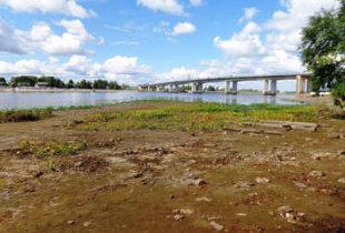 Волга катастрофически обмелела