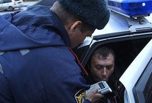У районной администрации задержан пьяный водитель