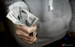 Юрист нашел ошибку, из-за которой будет невозможно получить обещанные деньги на детей