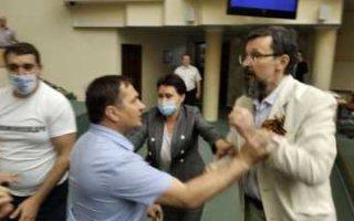 В областной думе депутаты отметили Ивана Купалу раньше срока. (Видео драки с поливанием водой)