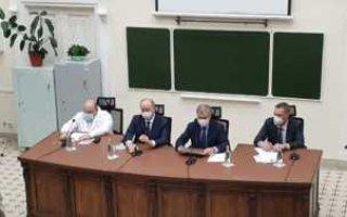 В. Володин проводит встречу с руководителями лечебных организаций