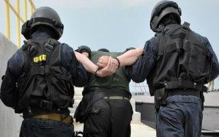 ФСБ задержала мошенников с поличным