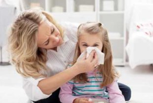 Простуженных детей перестанут пускать в школы и детские сады