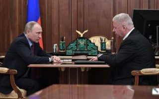 Путину доложили, что регионы находятся на грани социального взрыва