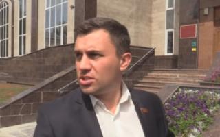 Суд прекратил производство по иску о снятии с выборов Н. Бондаренко