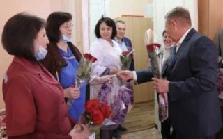 Панков поздравил сотрудников пугачевской станции скорой помощи