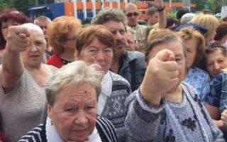 Суды не могут заставить россиян платить за коммуналку
