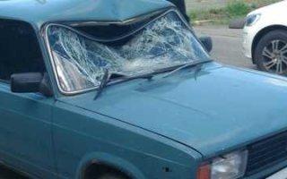В Пугачеве на пешеходном переходе сбили юношу